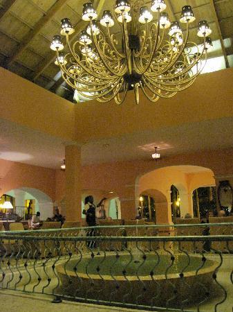 Iberostar Hacienda Dominicus: bar-lounge