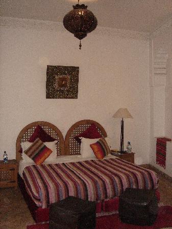 Riad Kasbah: our room - rouge suite