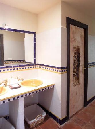 Centro Kalyana: El baño de la habitación