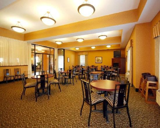 Comfort Suites Redmond Airport: Breakfast Area
