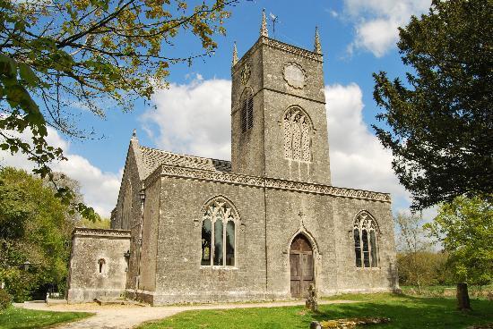 Seaspray Guest House: Moreton Church
