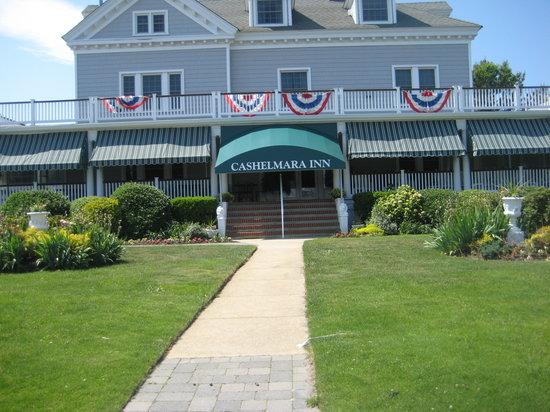Cashelmara Inn: Welcoming Entrance