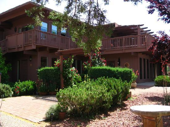 Sedona Views Bed and Breakfast: A beautiful B&B!