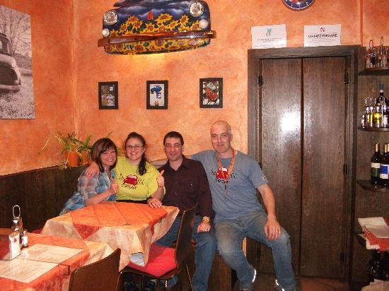 Bar 500 : Emma,Rob my Wife and I