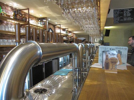 Photo of Belgian Restaurant Moeder Lambic at 68, Rue De Savoie, Brussels 1060, Belgium