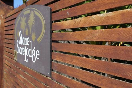 Stone Store Lodge Accommodation: Sign