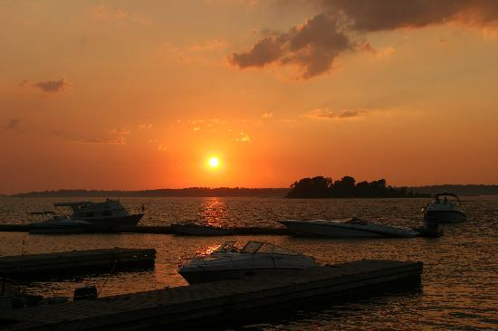 Alexandria Bay, NY: Sunset on the St. Lawrence
