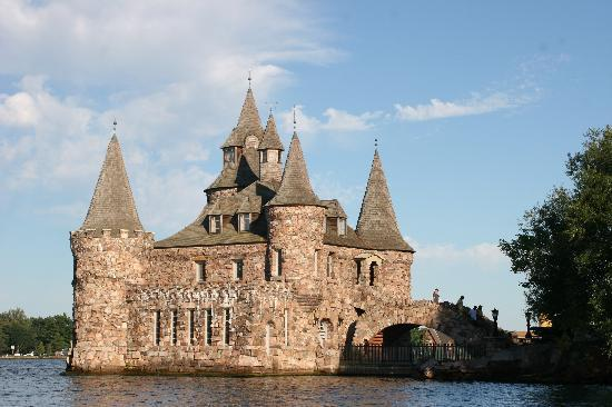 Alexandria Bay, NY: Boldt Castle Boathouse