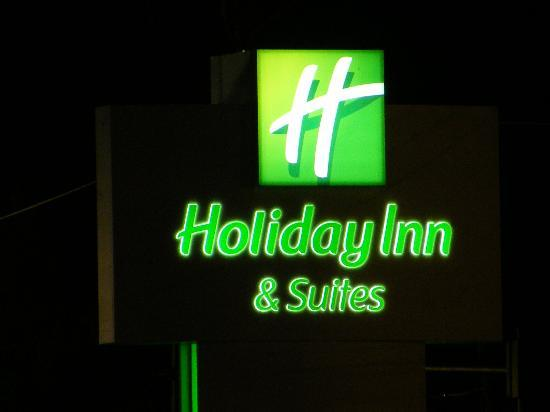 Newport News, VA: Holiday Inn and Suites
