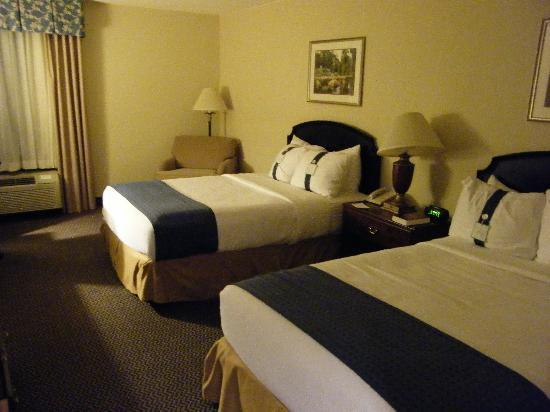 Holiday Inn Express & Suites Newport News: très comfortable