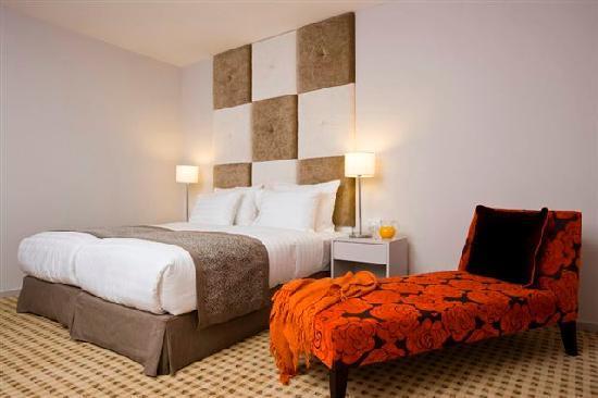 Sadot Hotel: Room