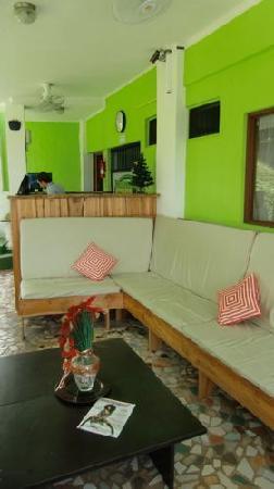 Backpackers Manuel Antonio: reception area
