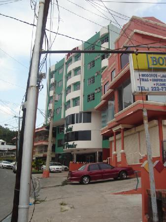 Hotel el Parador: Llegando al Hotel