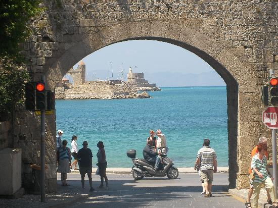 Olympic Palace Resort Hotel & Convention Center: Rhodes old town
