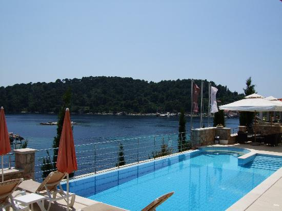Hotel Bozica: pool and view from terrace