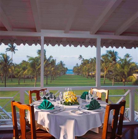 Nisbet Plantation Beach Club: Experience a three-course gourmet dinner with superior service in our AAA 4-Diamond Great House