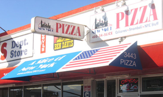 A Slice of New York Pizza: Store Front