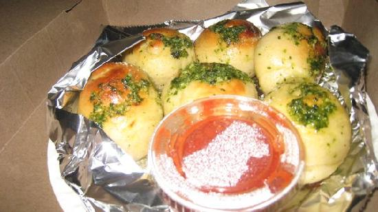 A Slice of New York Pizza: Garlic knots