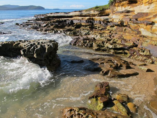 South Durras, Australia: Rock formations