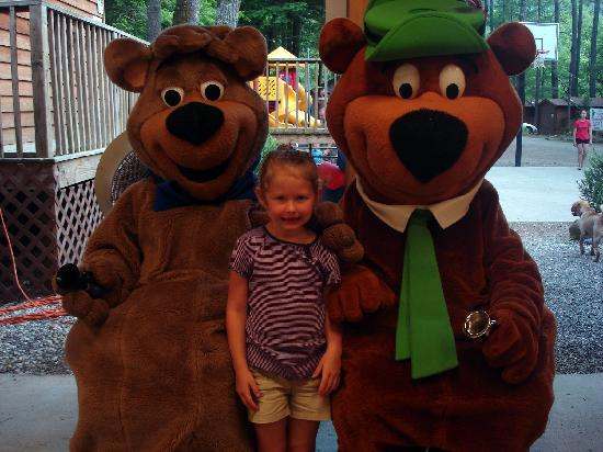 Yogi in the Smokies: Meet and greet with Yogi and Boo Boo