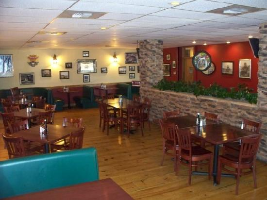 Rimrock Inn: The Rock Pile Restaurant