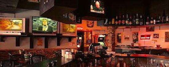 Rimrock Inn: The Rock Pile bar
