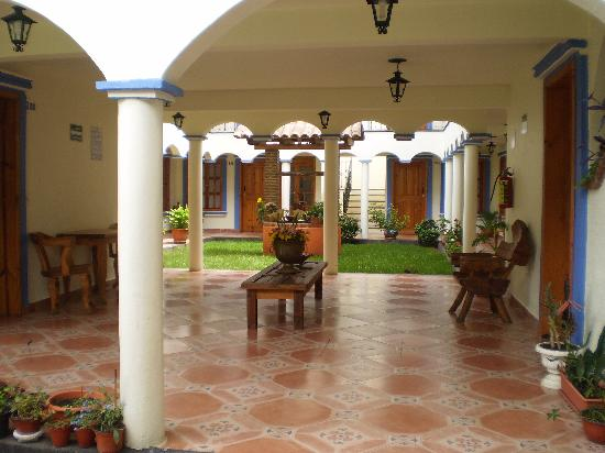 Hotel Rincon de Cuca : on the way to the rooms