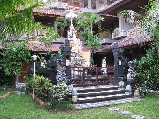 Hotel Sorga Cottages: Garden Temple