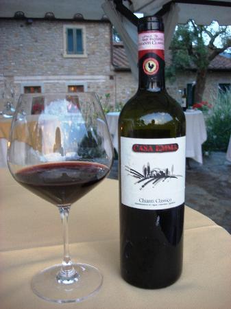 Relais La Corte dei Papi: excellent wine!