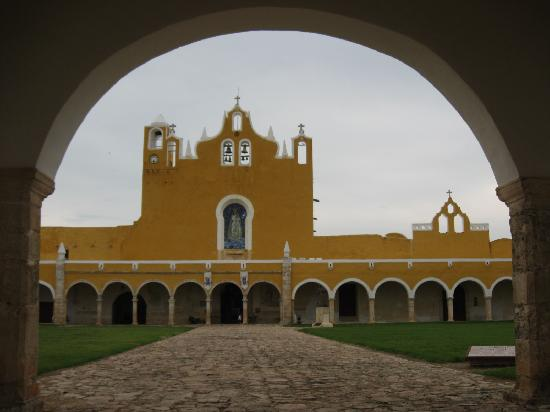 Hotel Macanche Bed & Breakfast: historic Izamal