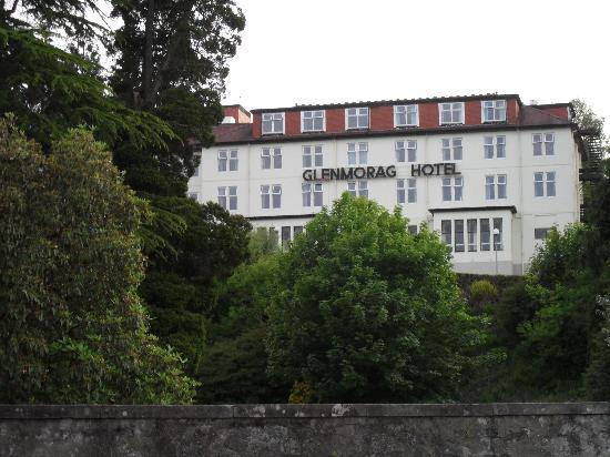 Glenmorag Hotel : Front of the Glenmorag.