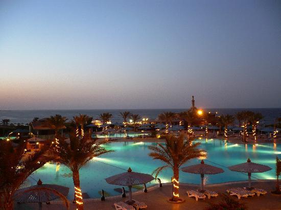 Dreams Beach Marsa Alam: L'hotel di notte