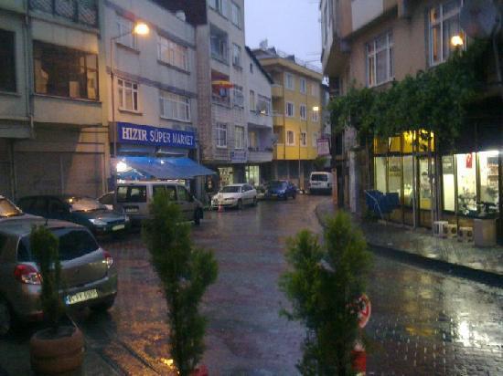 Levent Otel Istanbul: Ausblick nach links vom Eingang