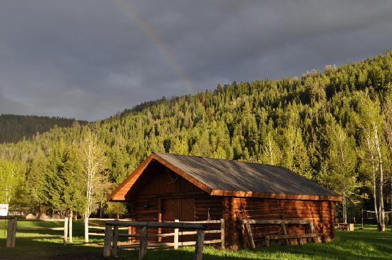 Moose Creek Ranch: Tack Barn