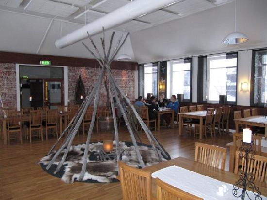 Hotel Arctic Eden: Das Frückstück im Restaurant