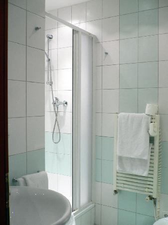 Andel Apartments Prague: toilet & bathroom, bright lighting and good ventilation