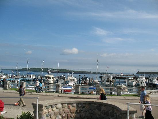 Bay View of Mackinac Bed & Breakfast: View of the harbor