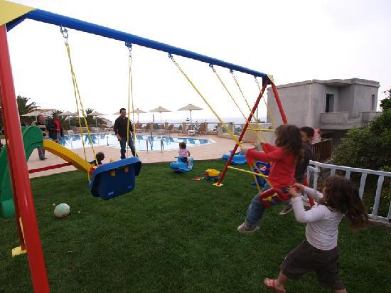 Asterion Apartments: playground