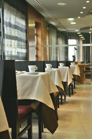 America Diamonds Hotel : Restaurant and Breakfast room