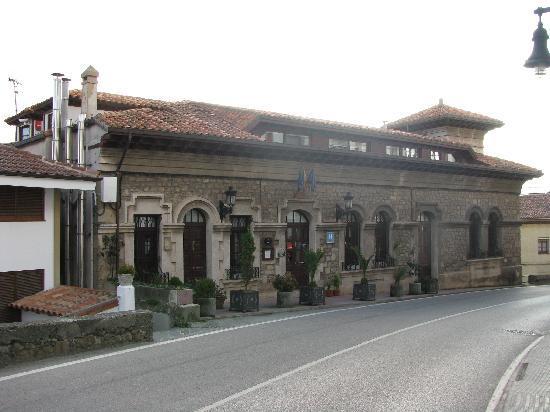 Lastres, Spain: Hotel entrance