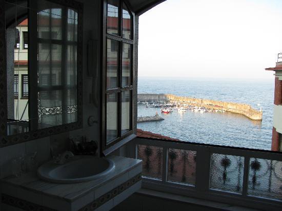 Lastres, Spain: Bathroom