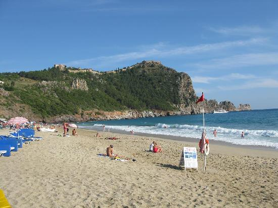Kahya Hotel: View of Alanya castle on the hilltop and beach