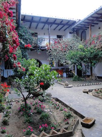 Casa Vieja: central courtyard