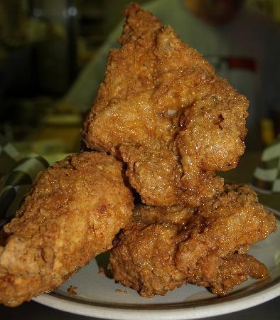 Branson Cafe : a delicious mountain of chicken