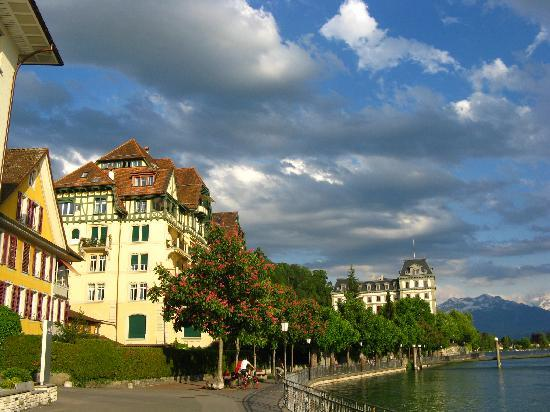Schwert Thun : The River Aare walk in Thun
