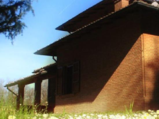 Villa Franci : Side view of the villa