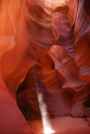 Antelope Slot Canyon Tours: Let there be light