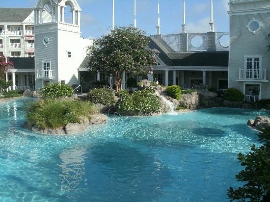 Pool picture of disney 39 s yacht club resort orlando for Garden view rooms at disney beach club