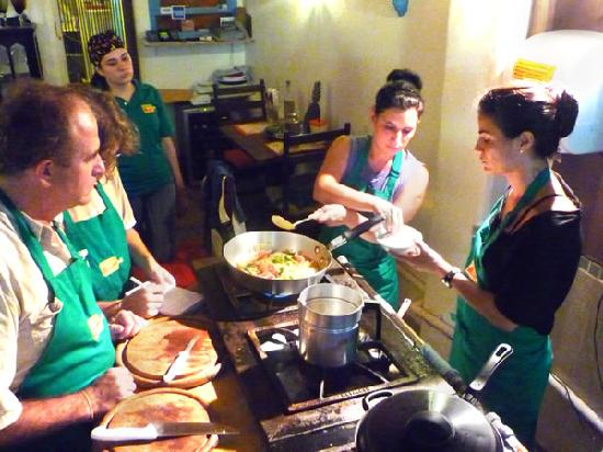 Cook In Rio: Daily classes in english