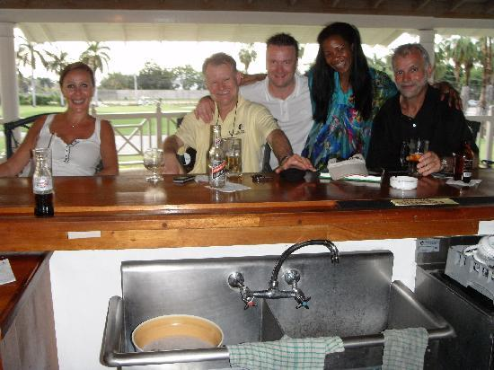 Royal Villas at Half Moon: Mike, Moya and friends at the 19th Hole, after the boys had a round of golf.